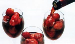 Вино и клубника